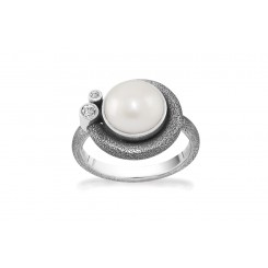 Ring - Devine White